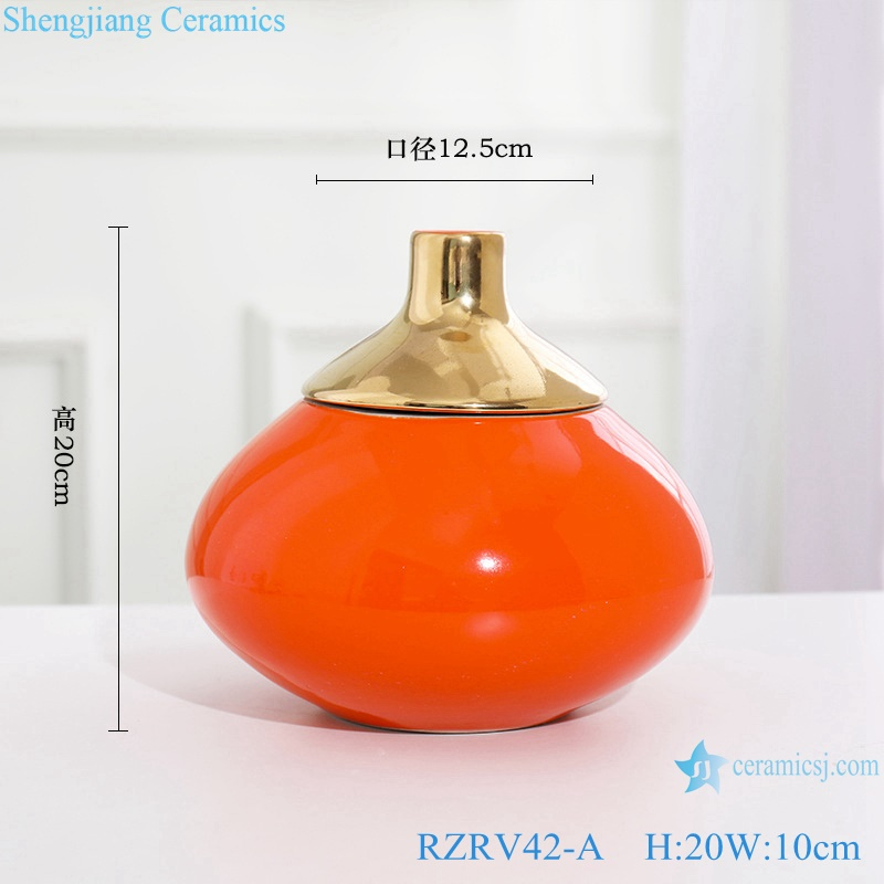 Gold-plated ceramic vases in red monochrome glaze RZRV42-A