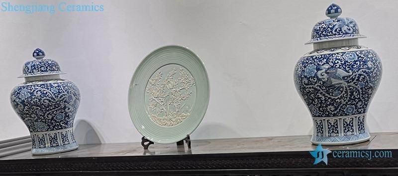BULE AND WHITE CERAMIC JAR ,PLUM FLOWER DESIGN OF CERAMIC PLATE