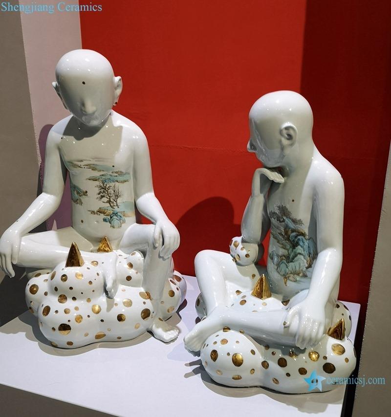 White paintings depict ceramic sculptures