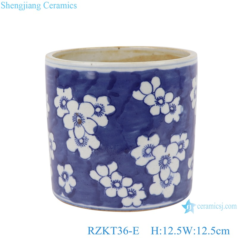 Chinese blue and white ceramic plum pattern pen container RZKT36-E