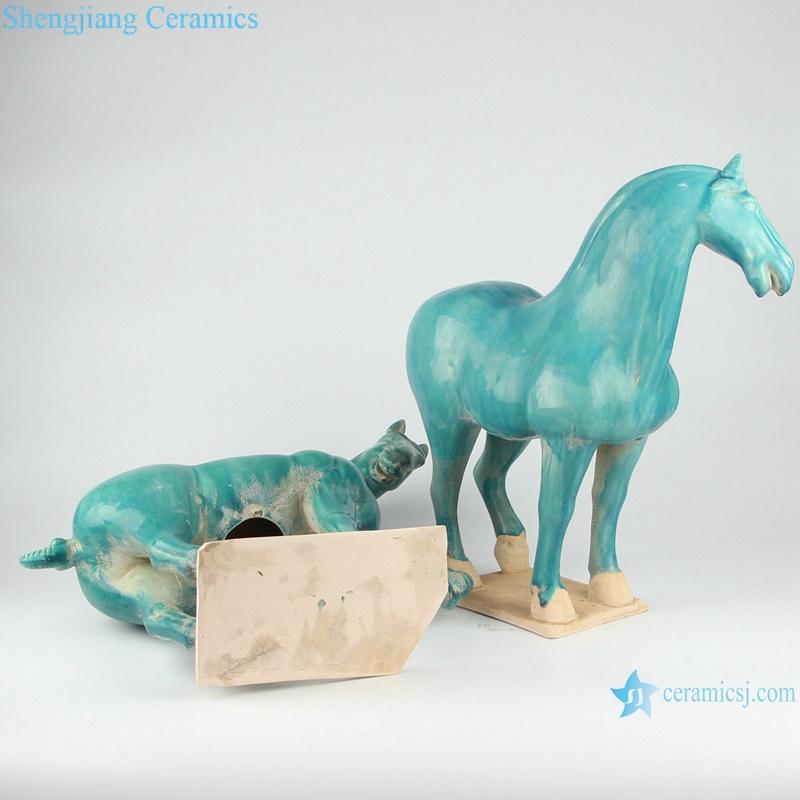 RZLN05-B green porcelain statue horse bottom detail
