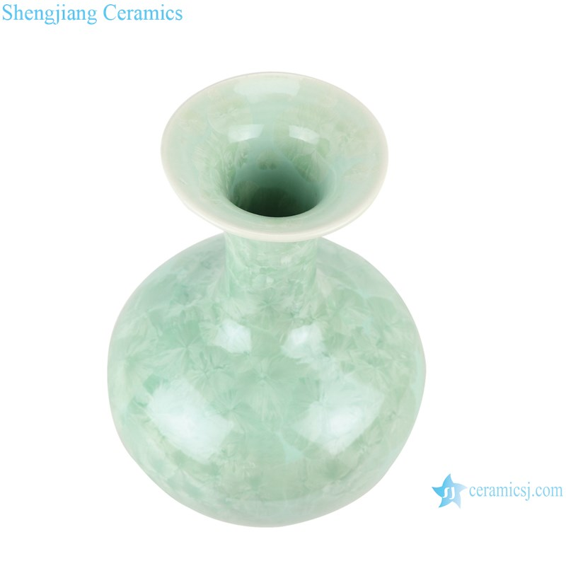 RZCU06 Jingdezhen Crystalline glaze white green blue color decorative vase