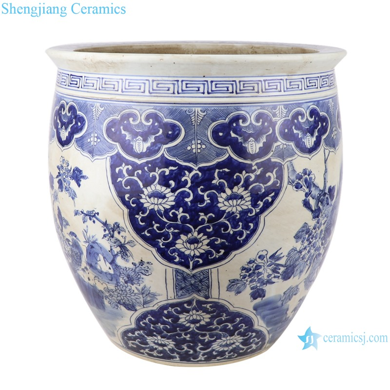RZKM03 Blue and white imitation of the Qing Dynasty Kangxi year flower and bird aquarium aquarium water tank