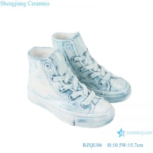 RZQU06 Colour glaze engraving denim straight tube small ceramic shoes for decoration