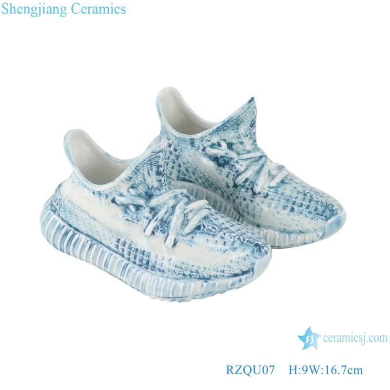 RZQU07 Color glaze engraving denim plaid zipper grain small ceramic shoes for decoration-main figure