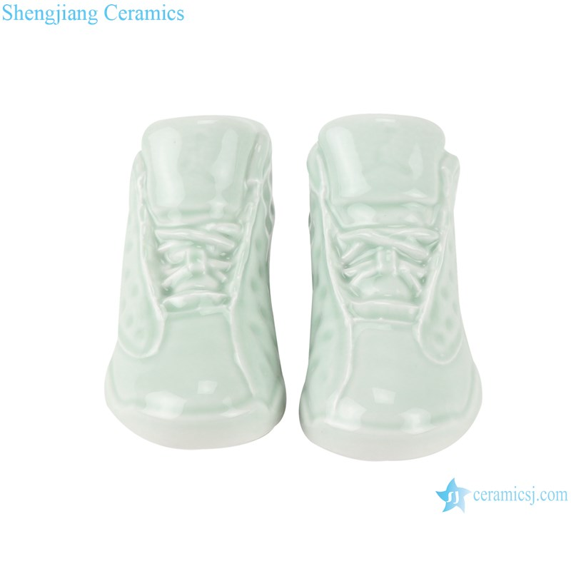 RZQU08 Color glaze green glaze engraving small size ceramic shoes for decoration-front view