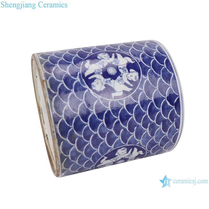 RZKT03-H Blue and white fuwa sea wave design porcelain pen holder