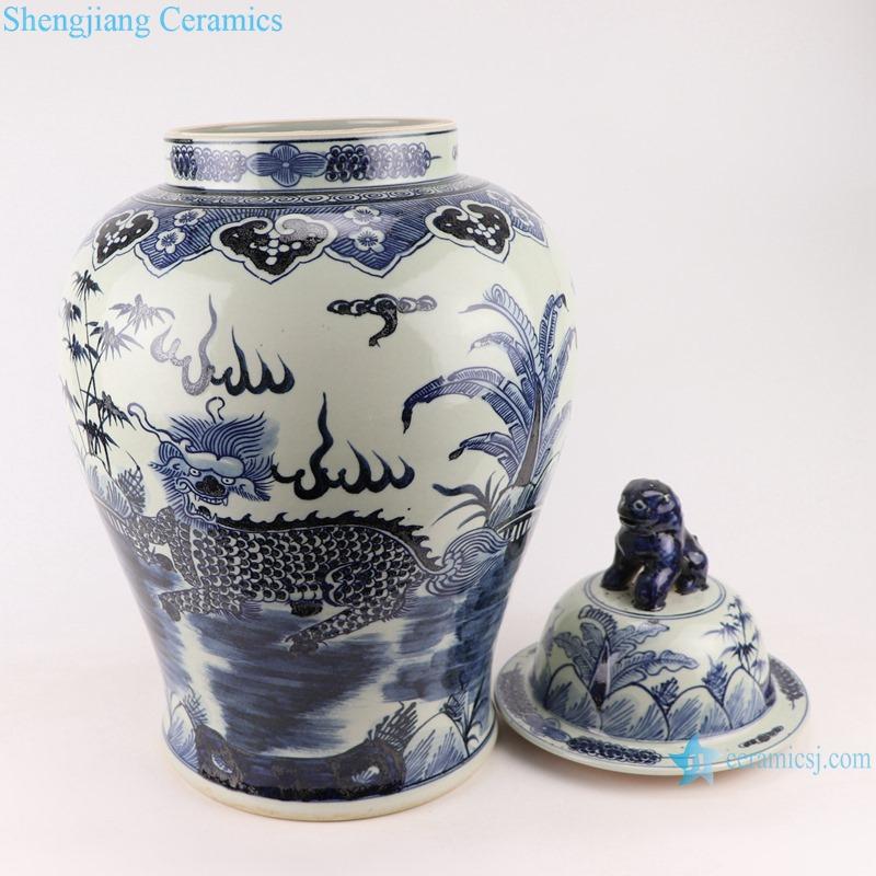 RZMA19-E_Qing Dynasty people kiln pure handmade blue and white ceramic storage jar