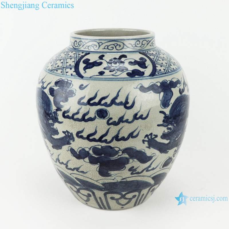 RZTA06 Antique blue and white pot vase with dragon pattern
