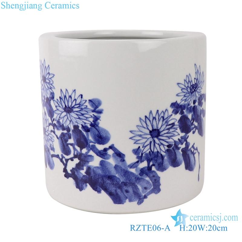RZTE06-A Blue and white brushwork chrysanthemum autumn rhyme pen holder