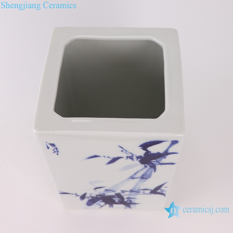 Blue and white plum, orchid, bamboo and chrysanthemum pen holder