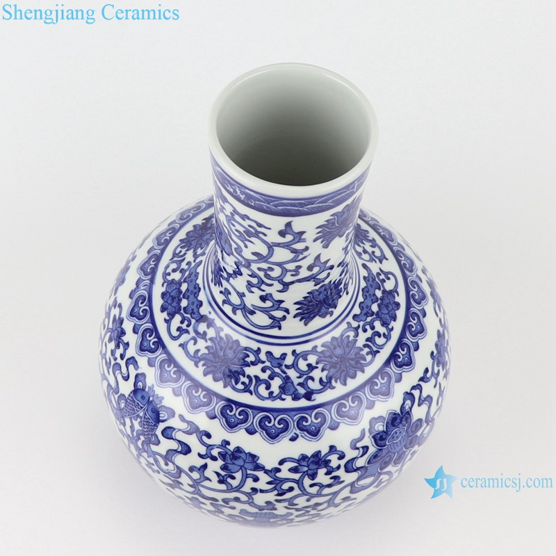 RYUJ35-A-B Antique blue and white porcelain Dragon winding Leaf Hand Drawing Ceramic Vase