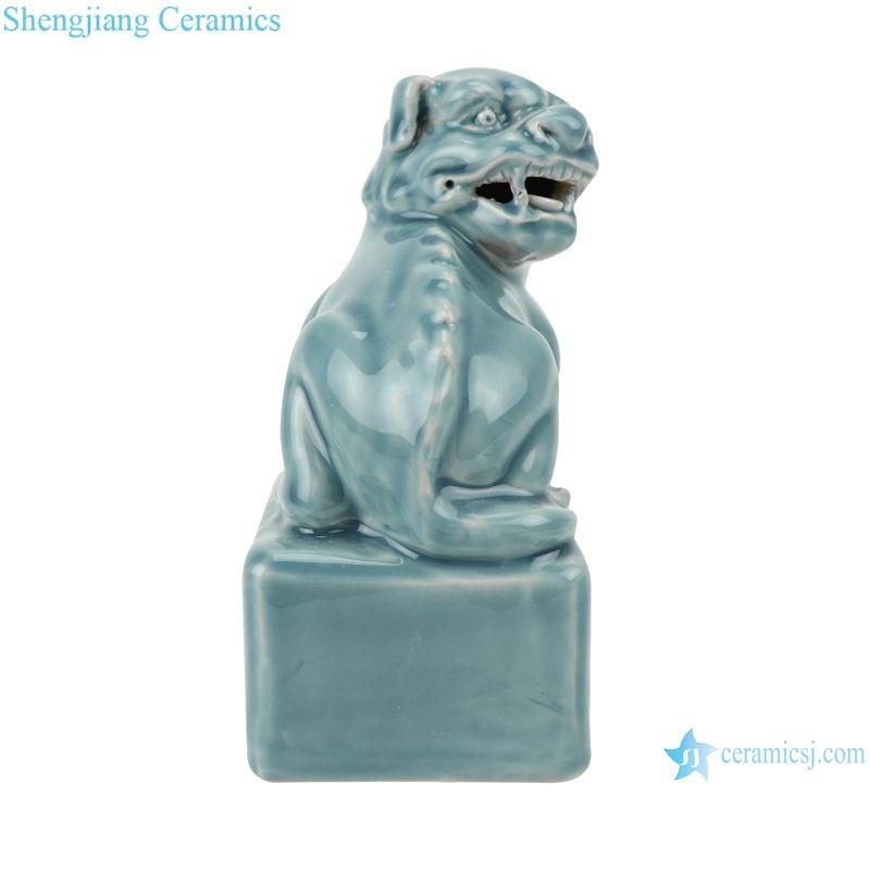 Color glaze shadow blue carved poodle figurines decoration