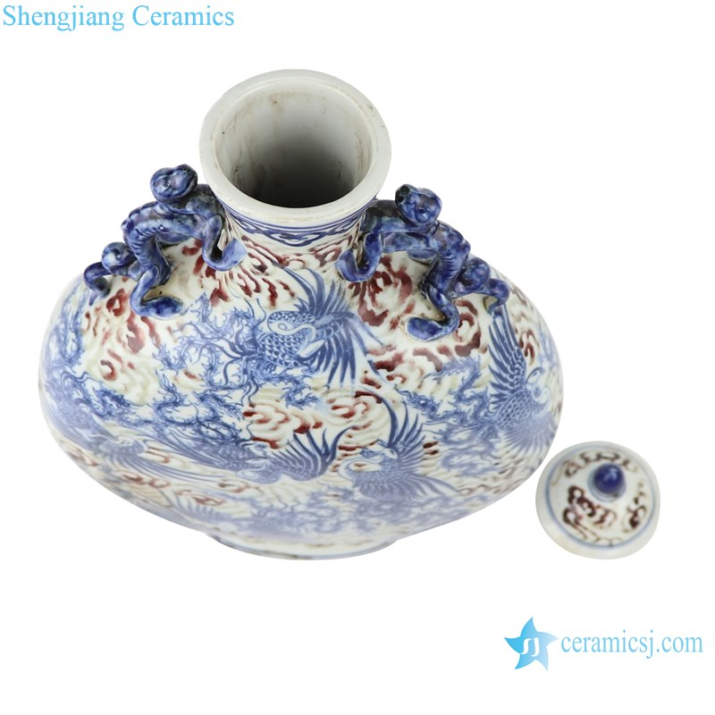 Blue and white handmade Chinese style antique court wine pot