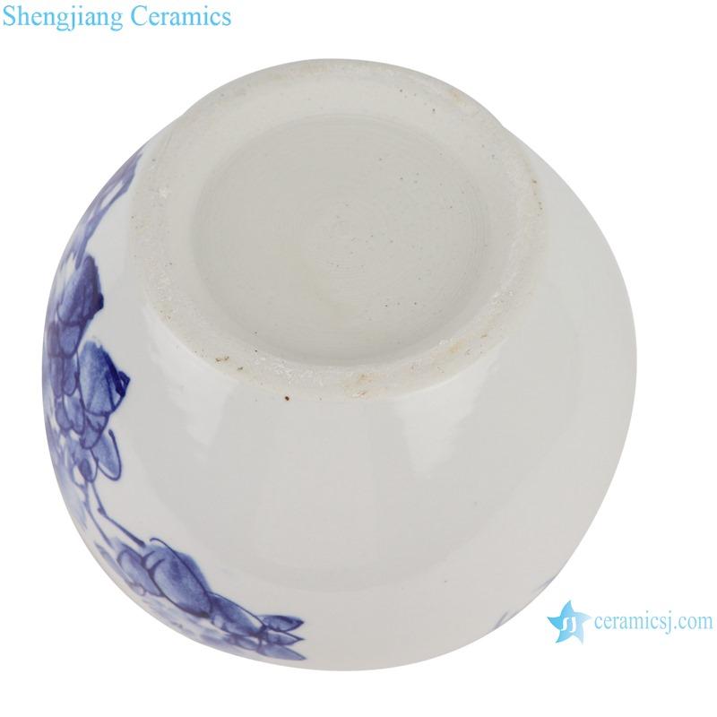 blue&white freehand brushwork peony pattern pen wash small pot