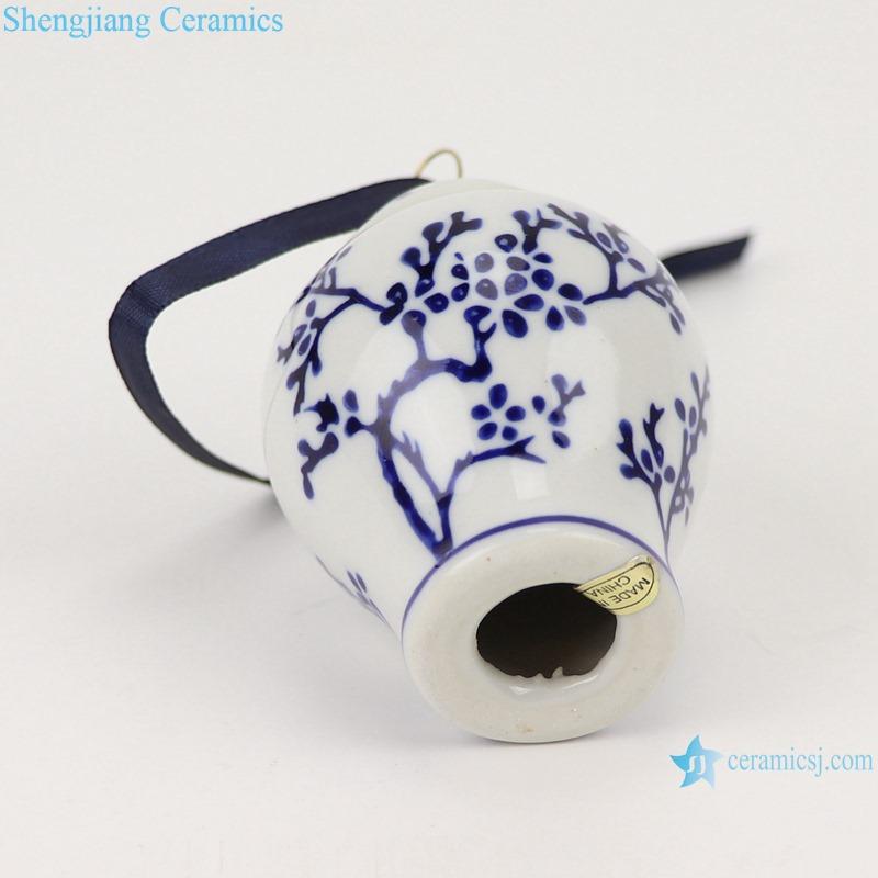 Blue&white flower design small general pot pendant