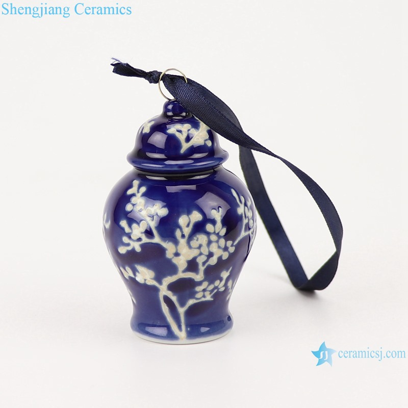 Blue&white ice plum small porcelain general jar pendant