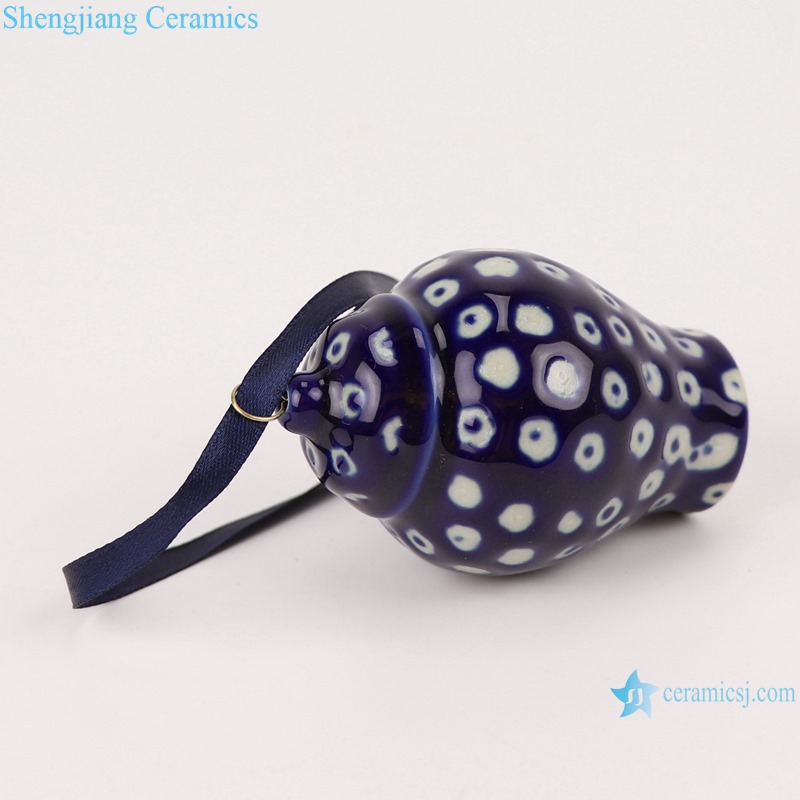 Blue&white ice plum white dot small porcelain general jar pendant