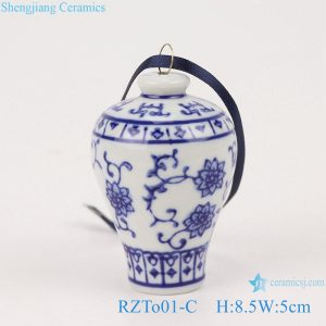 RZTo01-C Blue&white porcelain vase pendant with lotus and plum design