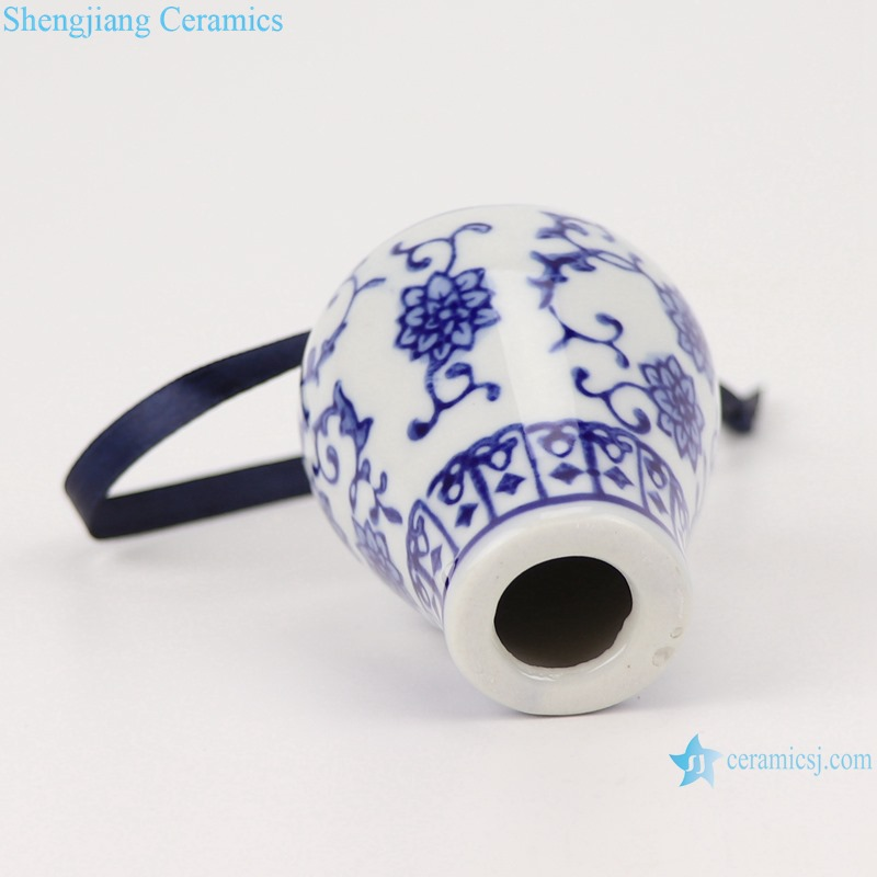 Blue&white porcelain vase pendant with lotus and plum design