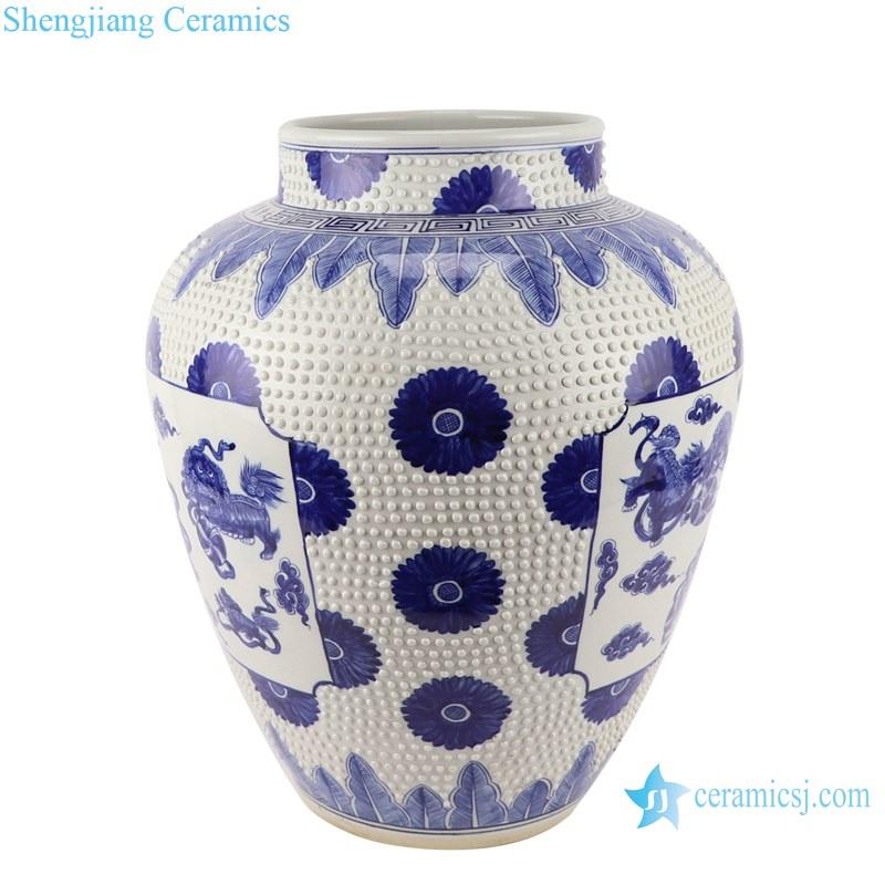 Blue&white handmade porcelain pots of dragon design storage pot